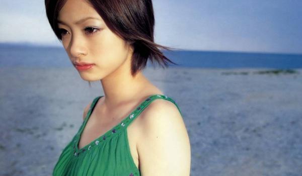 Aya Ueto ist schwanger
